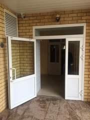 Огнестойкие алюминиевые двери со стеклом - foto 1