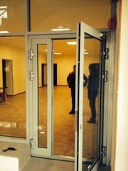 Огнестойкие алюминиевые двери со стеклом - foto 3